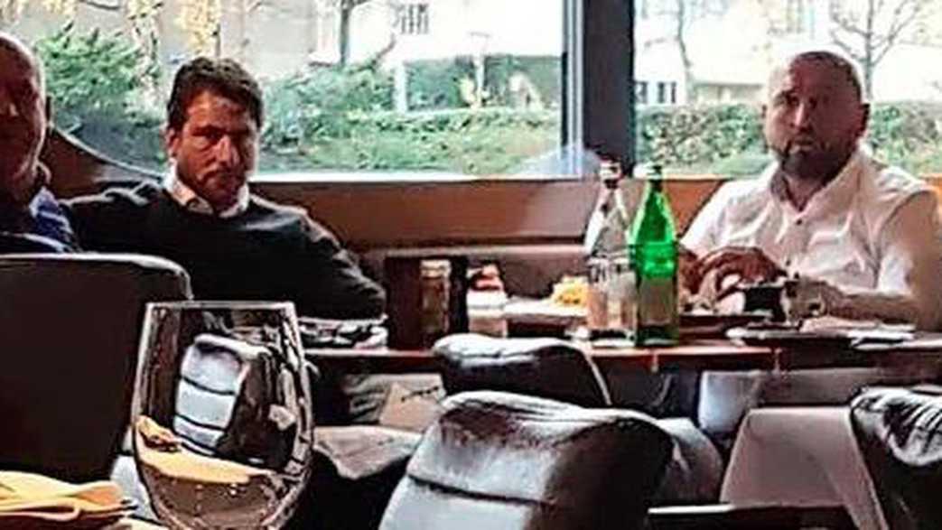 荷媒解密德容转会:巴萨早退出竞争,球员曾秘密造访曼城
